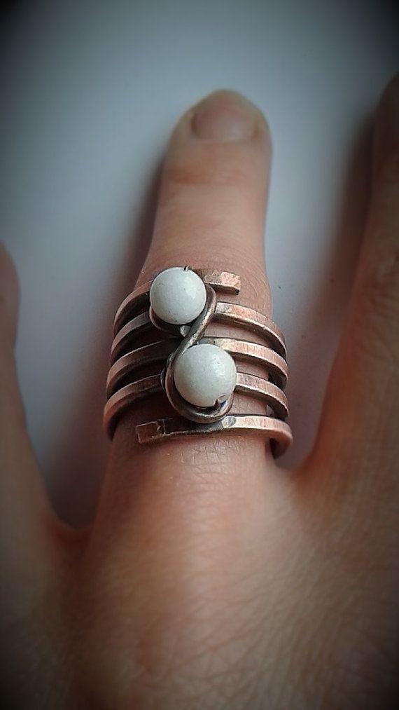 Anello con pietra di giada bianca anello di filo di Tangledworld