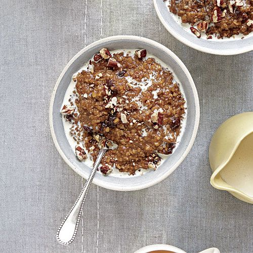 Rich with molasses and warming spices, this oatmeal brings to mind old-fashioned gingerbread. A quick boil at night and an overnight lounge in the fridge means the notoriously slow-cooking grains need only 10 minutes of simmering. Serve with a drizzle of cream and, if you like, chopped, toasted pecans or walnuts.