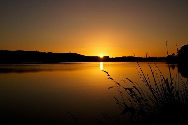 #Sunset #Photographs by Carol Haberle ~ article for think-tasmania.com ~ #Tasmania #photography #Devonport #river #photo