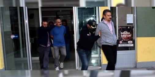 HDP Eş Genel Başkan Yardımcısı tutuklandı: Tokat'ta terör örgütü PKK'ya yönelik düzenlenen operasyonda gözaltına alınan HDP Eş Genel Başkan Yardımcısı Alp Altınörs tutuklandı.