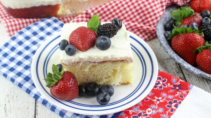Chantilly sheet cake with