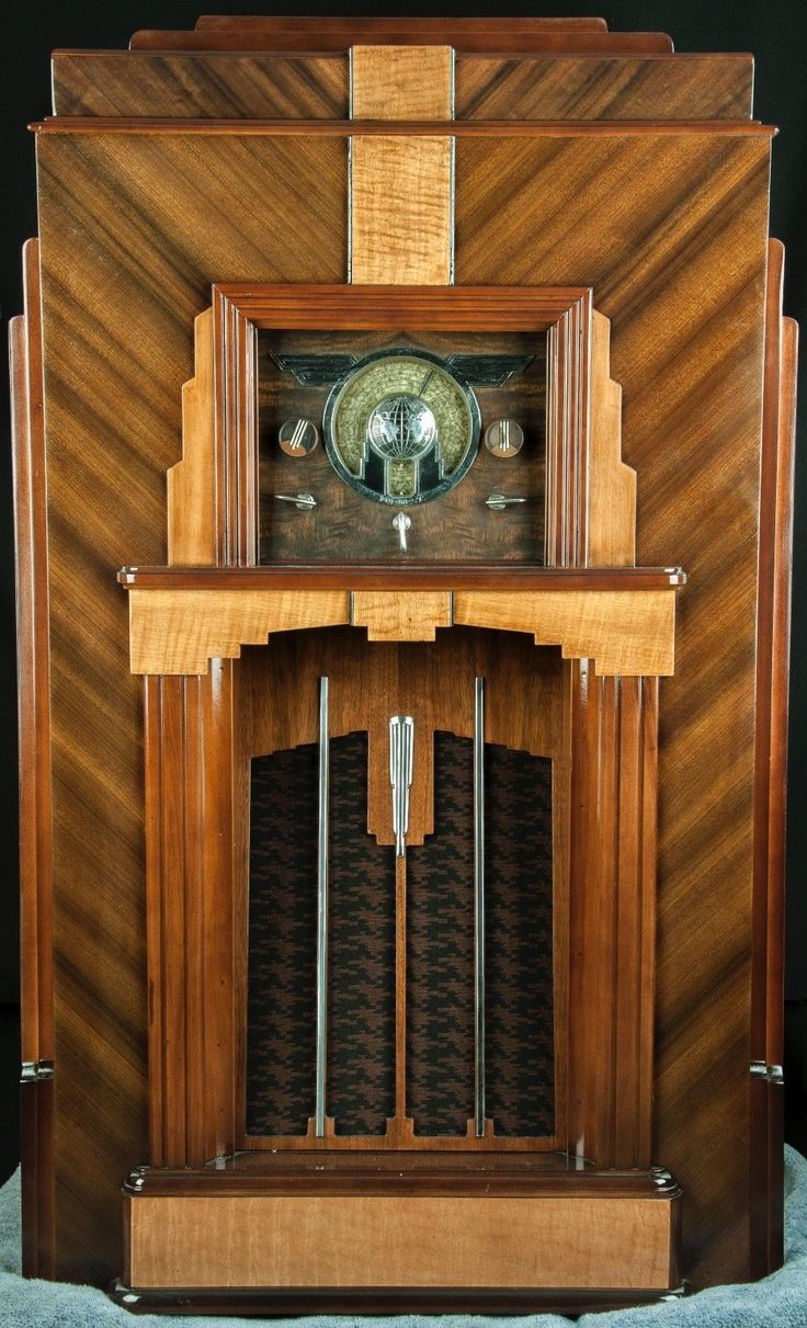 "Midwest ""SKYSCRAPER"" 16 tube ART DECO wood console radio- RESTORED, working!! 