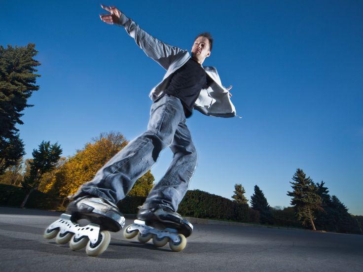Aggressive inline skate merupakan salah satu olahraga ekstrem yang mulai muncul di tahun 90-an. Di negara kita, aggressive inline skate saat ini sudah cukup banyak penggemarnya. Tidak percaya? Sebuah komunitas aggressive inline skate bernama Jakarta Rolling adalah buktinya. Sampai saat ini memang cuma komunitas ini yang aktif berkumpul untuk menampung para pecinta aggressive inline skate …