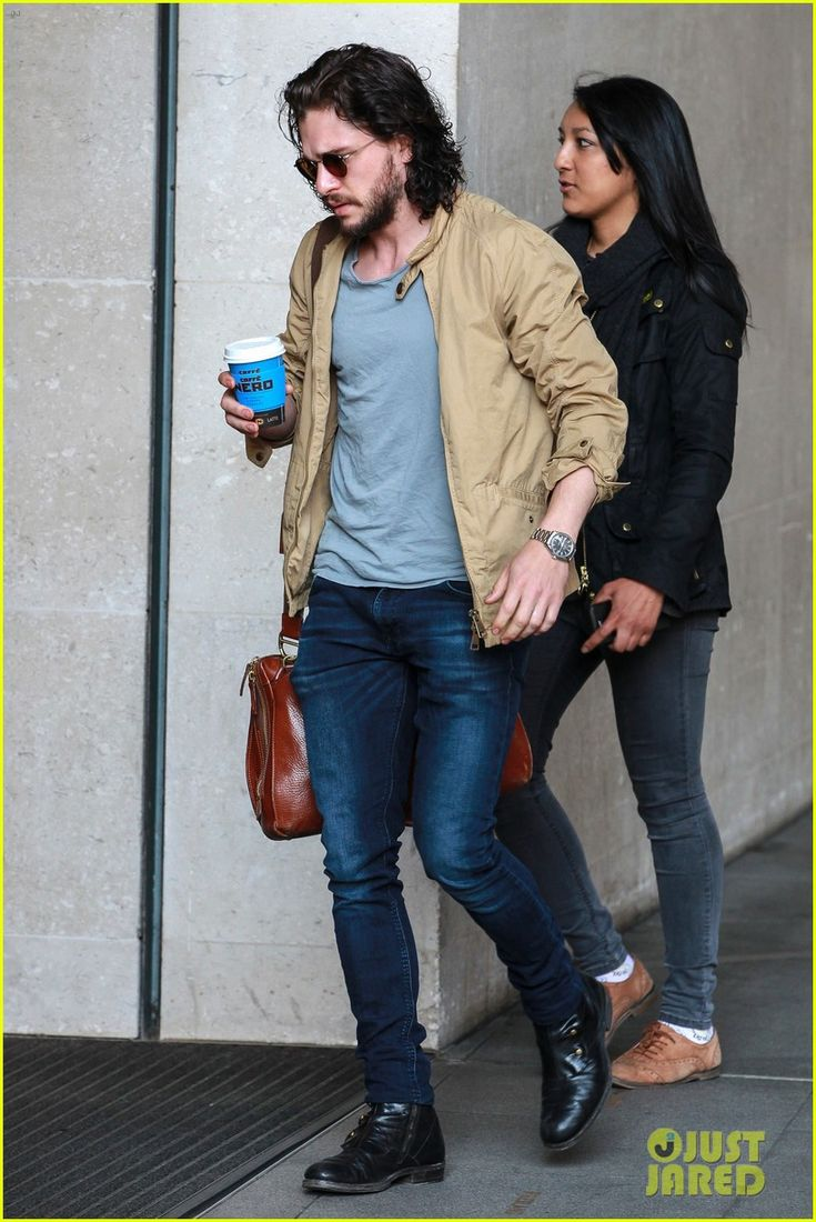 Kit Harington Gets A Phone Call From 'Game of Thrones' Co-Star During Radio Interview: Photo 3667010 | Kit Harington Pictures | Just Jared