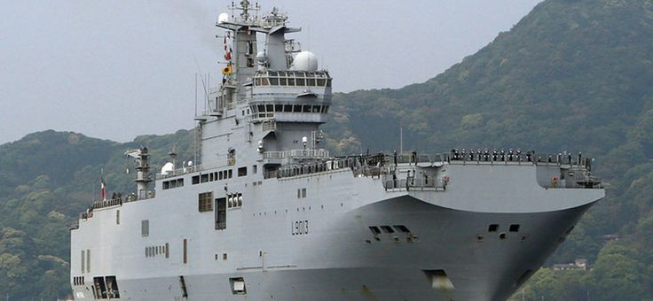 Un porte-hélicoptères français arrive au Japon pour des exercices militaires  MAIS QUE FAIT' IL  AU JAPON?   LE CANICHE A DONNER DES ORDRES POUR LE CAHOS FINAL ?
