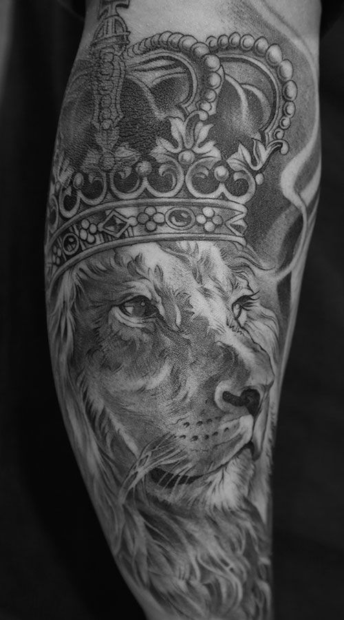 Lion king black and white tattoo from lowrider tattoo for Black and white lion tattoo