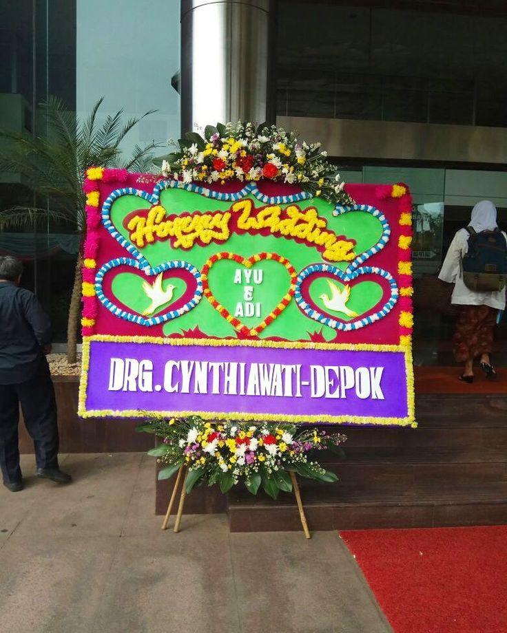 Happy wedding Bunga papan Wedding Pengerjaan cepat 34Jam