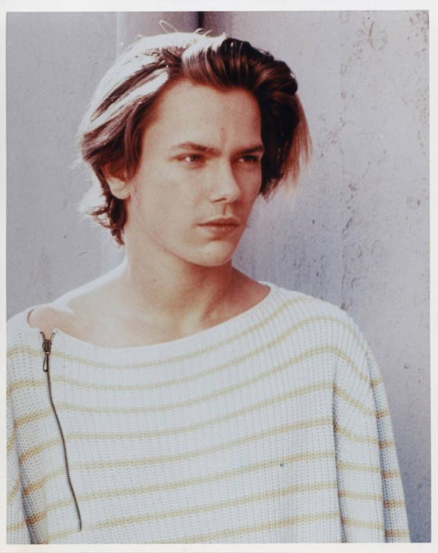 river phoenixs japan pictures | Today Would Have Been River Phoenix''s 41st Birthday