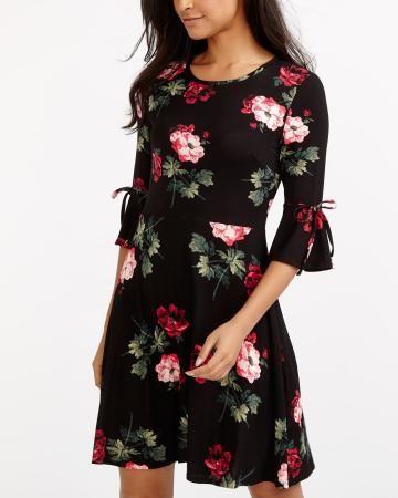Ruffle ¾ Sleeve Floral Print Dress