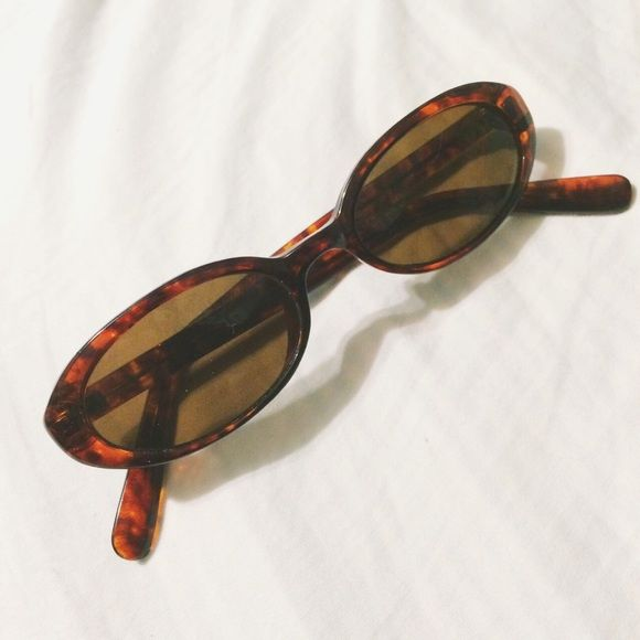 90s sunglasses Super small 90s style sunglasses that will put any throwback outfit together. Not a brand name, just super fun :-) Accessories Sunglasses