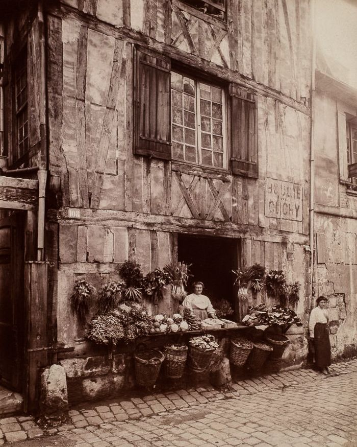 Eugène Atget, 1907 - Rouen, Maison 108 Rue Moliere. , from the vanished streets of Old Paris