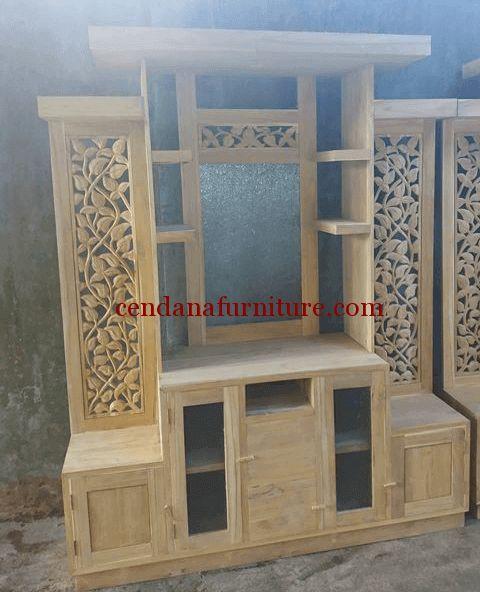 Bufet Partisi Jati Minimalis Daun terbuat dari mayerial kayu jati solid yang dapat anda pesan dengan finishing yang sesuai selera anda.