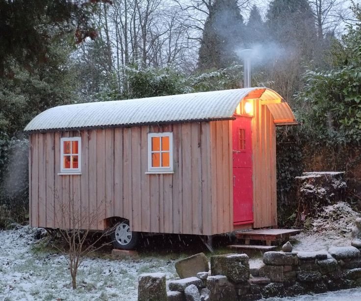 30 best images about shepherd hut on pinterest bespoke for Small hut plans