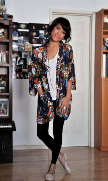 Kimono top with leggings...try kimono top with yoga pant for around the house comfy.... Love this look!!