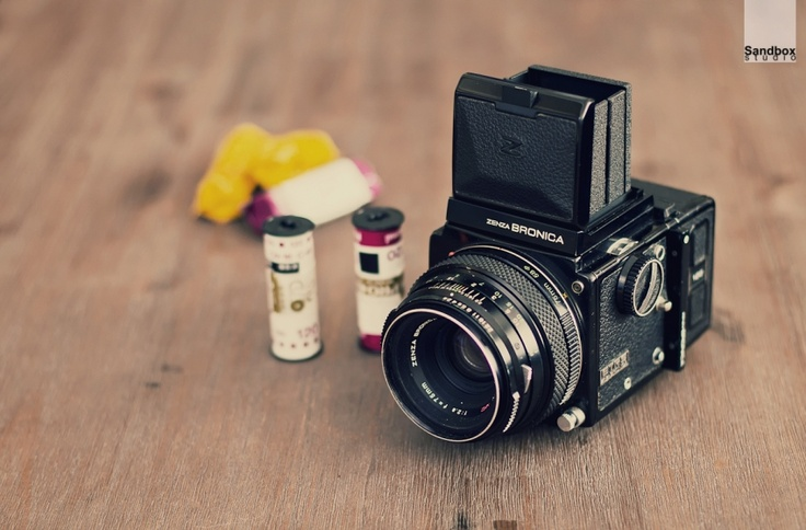 Zenza Bronica - have really been wanting a good old medium format lately