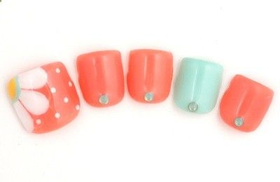 Cute toe design for summer - NAIL's AVENUE