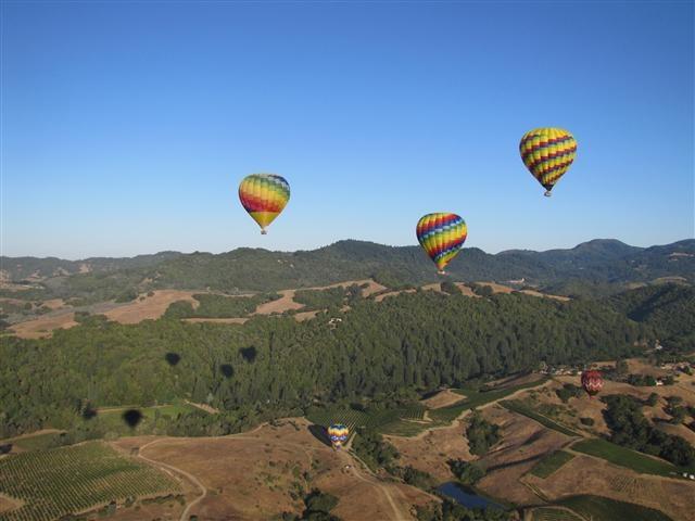 Early morning ballooning in Napa Valley