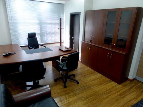 Adecuación oficina secretaria general UCE - oficina principal