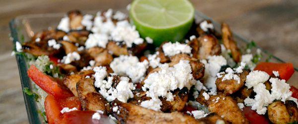 Met quinoa kun je eindeloos combineren. Een frisse quinoa salade of juist een warme maaltijd. Bekijk hier een gezond recept gemaakt van het superfood!