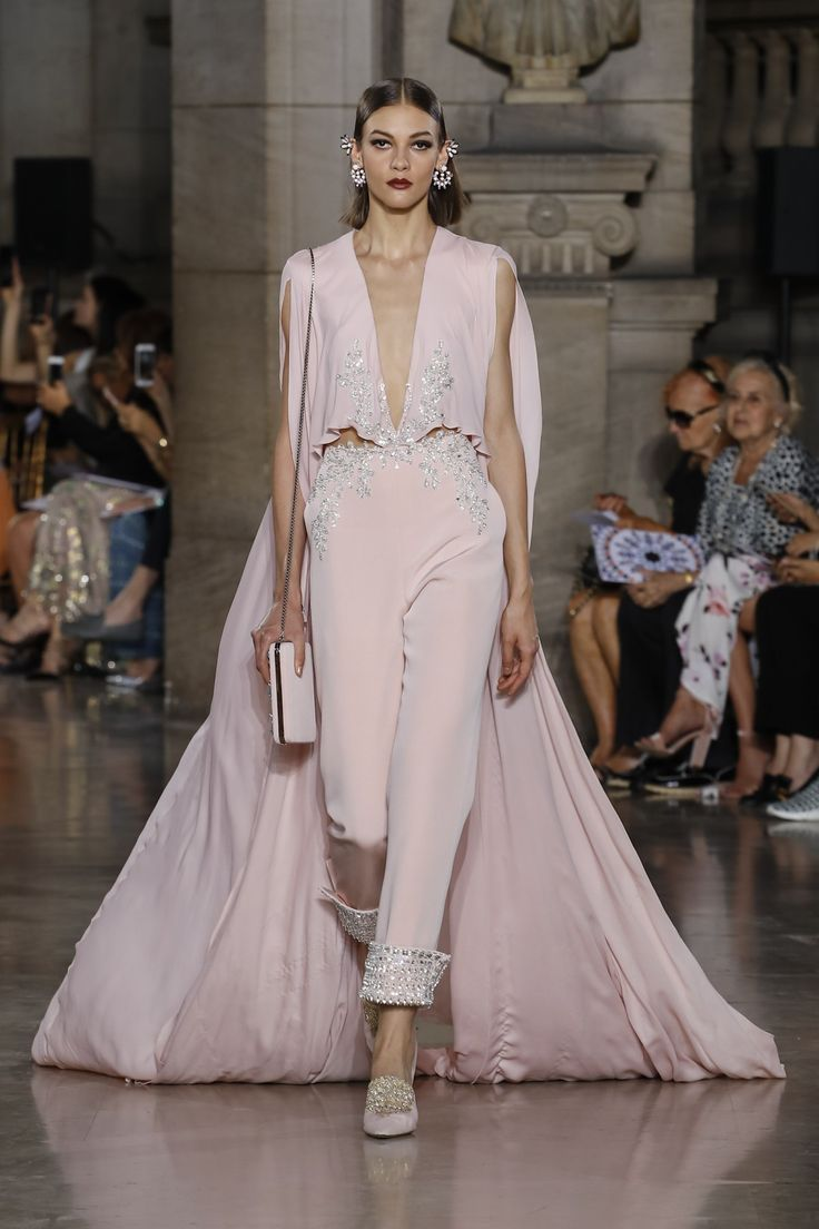 Georges Hobeika | Haute Couture Fall-Winter 2017-18 | Look 4
