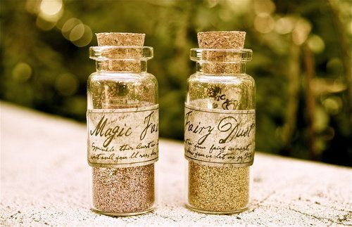 pink and gold magic fairy dust!Fairies Dust, Fairydust, A Kisses, Sweets Teas, Parties Favors, Fairy Dust, Bottle, Magic Fairies, Fairies Tales