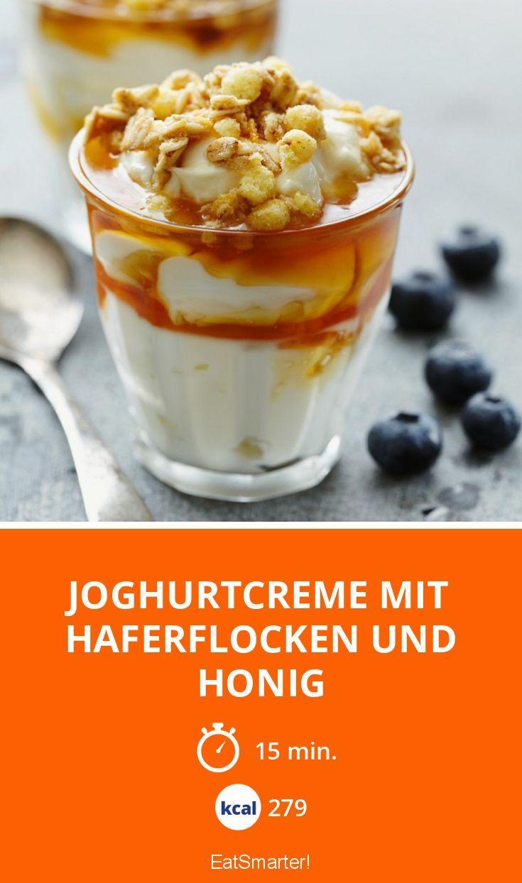 Joghurtcreme mit Haferflocken und Honig - smarter - Kalorien: 279 kcal - Zeit: 15 Min. | eatsmarter.de