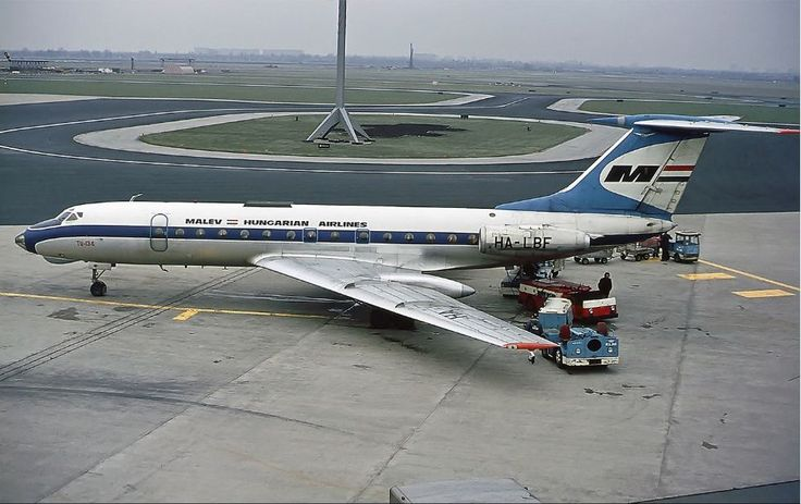 Malev Tupolev Tu134