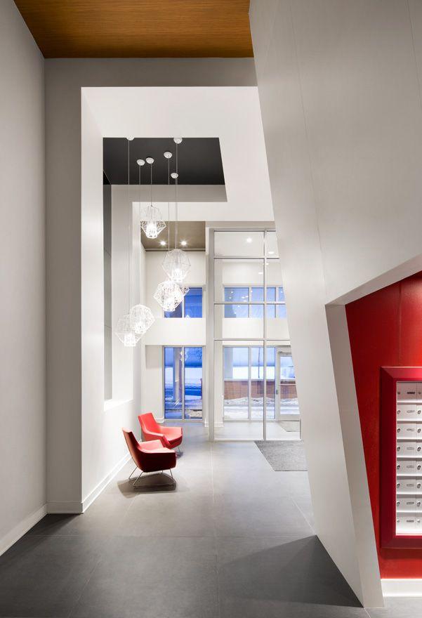 Design condos hall lobby projet cit cosmo adesign halls d 39 entr es couloirs pinterest - Idee decoratie interieur corridor ...