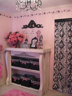 Woman caveVintage Barbie, Little Girls Room, Daughters Room, Shelves, Room Ideas, Black White, Pink Room, Bedrooms, Little Girl Rooms