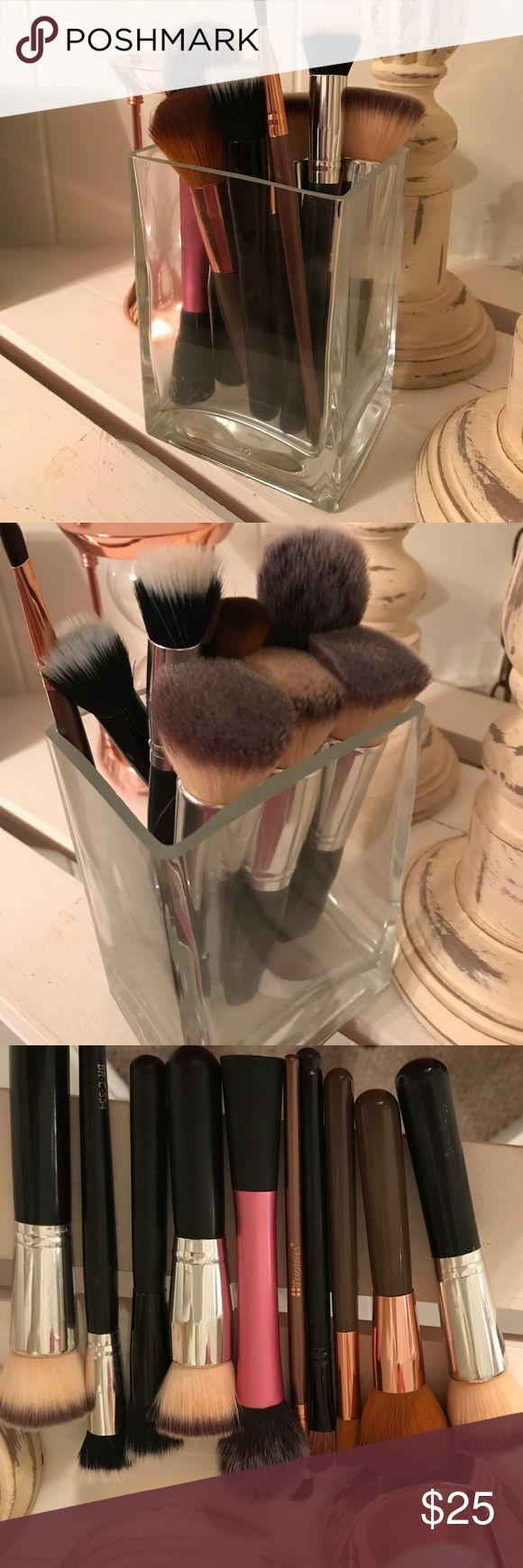 Random bunch of face brushes I have foundation, setting and just random face brushes. Great condition. Have been washed and disinfected. real techniques Makeup Brushes & Tools