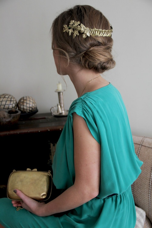 Wedding guest with Suma Cruz want her turquoise chiffon dress and that in my hair! hehe!