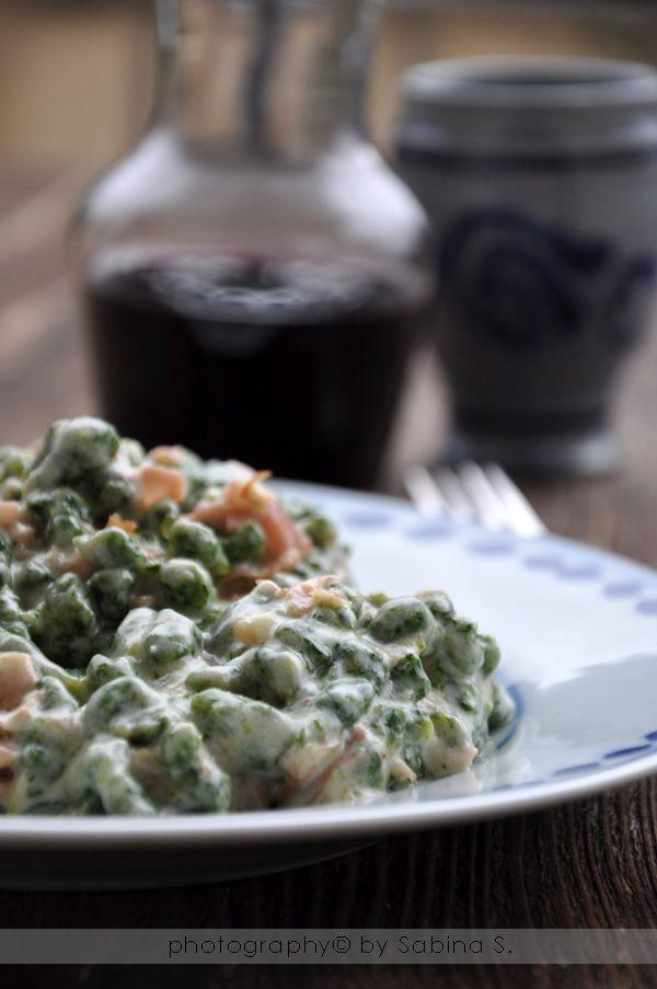 Spätzle di spinaci con panna e prosciutto