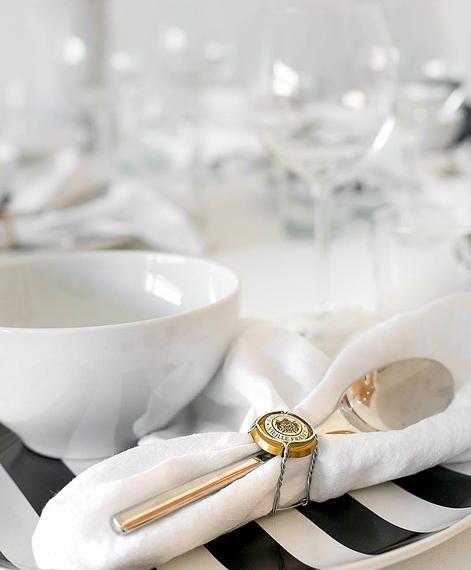 champagne napkin ring