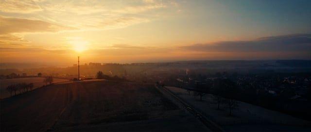 """De film My Land is een ode aan het Zuid Limburgse landschap. Gemaakt door de filmmakers Joris Hoefakker, Mark Handels en Alexander Dohmen als een cadeautje voor iedereen die Zuid Limburg lief heeft: """"De gedachte dat al dit schoon binnen een straal van 20 km om ons heen te vinden is maakt ons gelukkig. Zuid-Limburg is uniek en daar mogen we trots op zijn!""""  Zuid Limburg, Nederland. Luchtopnames, Toerisme, Natuur, genieten South Limburg, Netherlands, Areal, Tourism, nature, admire"""
