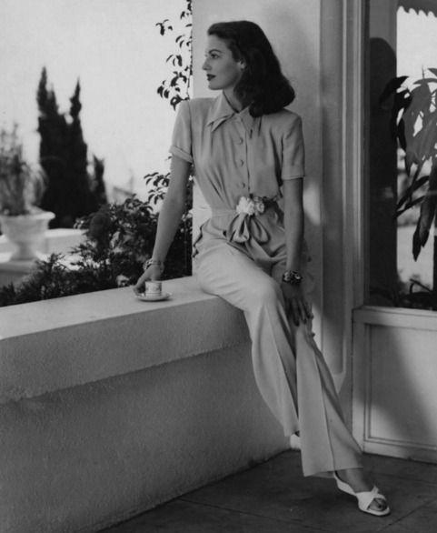"vintagegif-hottub:  ""Ava Gardner with her morning coffee..(Harper`s Bazaar shoot by John Engstead)  """