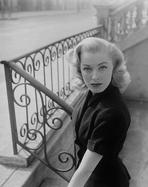 """American actress Eleanor Parker looking timelessly beautiful during the fall of 1951."""
