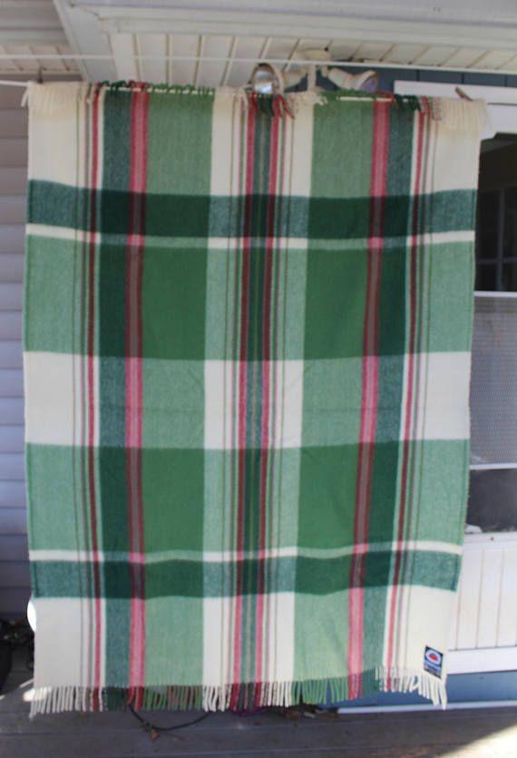 Wool Blanket, Berger Pledd, Stadium Blanket, Car throw, lap throw, Made in Norway, Winter coverlet, Plaid wool throw, Green and white plaid
