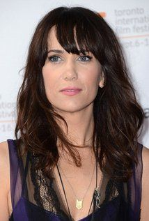 Kristen Wiig , attended the University of Arizona as an art student. She took her first acting class, as an elective, and was soon encouraged by her teacher to pursue acting. Years later, she moved to Los Angeles and Wiig worked as a main company member of the Los Angeles-based improv and sketch-comedy troupe The Groundlings. As a Groundlings alumna, she joins the ranks of such SNL cast mates as Maya Rudolph, Will Ferrell, Phil Hartman, and Jon Lovitz.