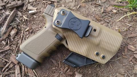 New IWB HOLSTERS from Tuxton Tactical - Glock 19 IWB Holster with RCS Claw in Carbon Fiber FDE. Tons of color options, but yours now at www.tuxtontactical.com