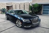 If you want to be irresistible and to turn heads wherever you go, we invite you to rent a Chrysler 300. Find out more about this car.