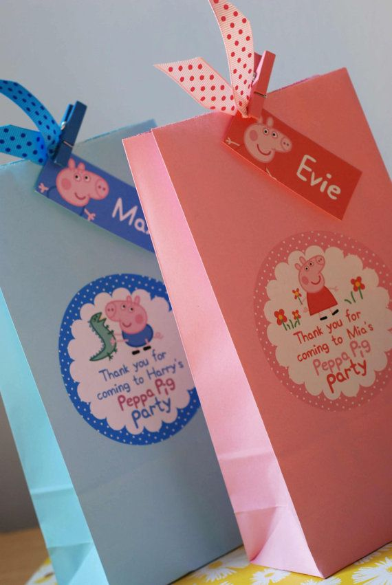 Personalised Childrens PEPPA Pig GEORGE Pig Birthday Party Bag Activity Stationary
