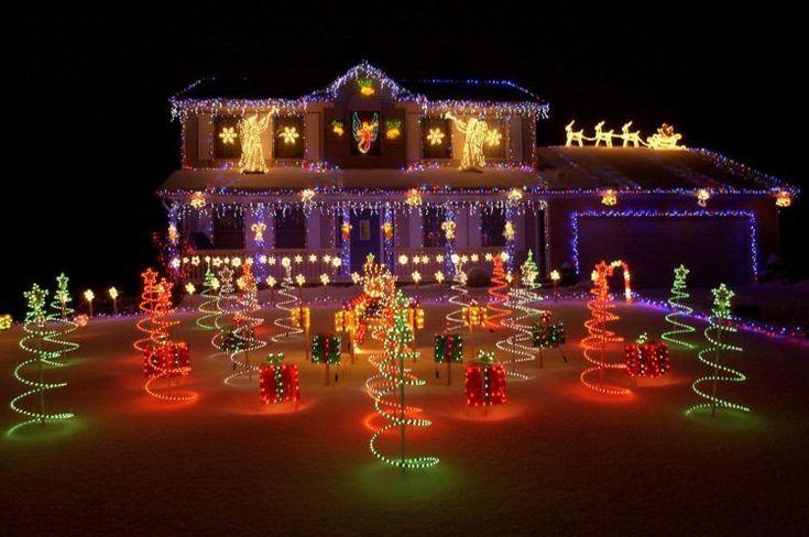 20 Phenomenal Outdoor Christmas Lights Setups Nimvo Interior Design Luxury Homes Outdoor Christmas Lights Diy Christmas Lights Christmas Light Displays