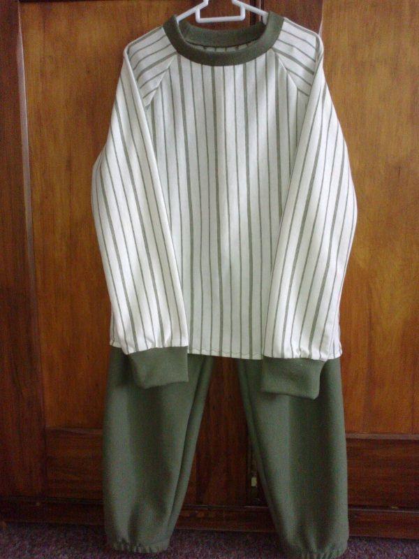 Boy's Winter PJs with raglan sleeve (6-8 years) - R170.00