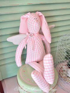Conejo de Pascua - Easter Bunny tilda