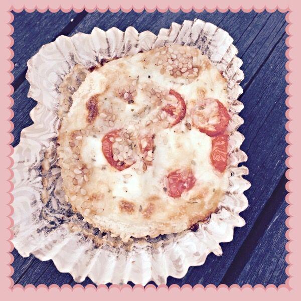 Feta-tomaatti piiraset (Gluteeniton, munaton, maidoton)