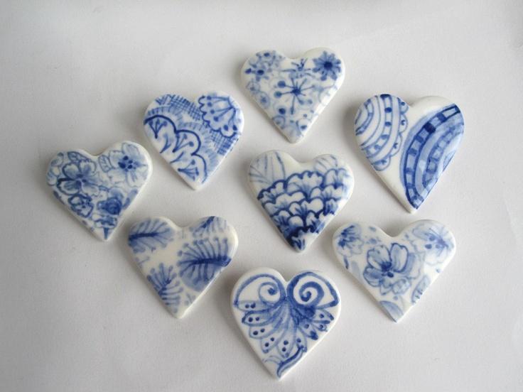 Delft hearts