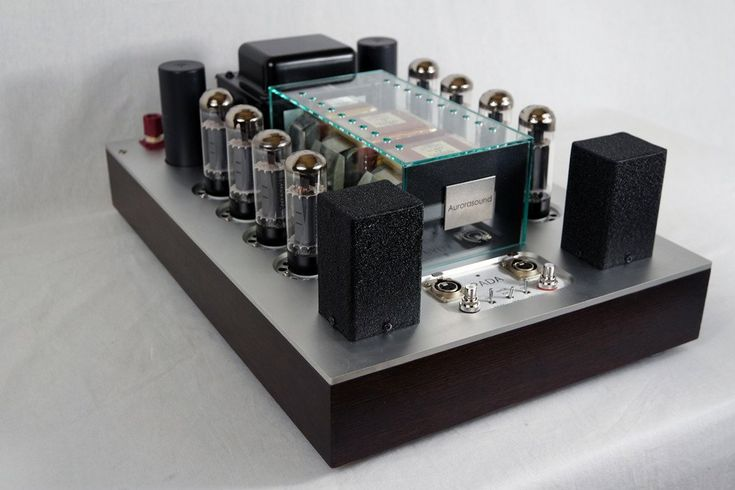 The PADA is the leader of an innovative generation of amplifiers of state-of-the-art Hybrid design and construction, taking advantage of both the benefits of vacuum tubes, as well as transistors. Powe