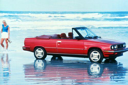 Renault Alliance Cabriolet  La Renault Alliance est la version destinée au marché nord-américain de la Renault 9, commercialisée de 1983 à 1987