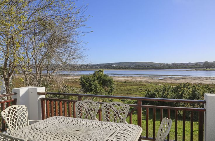111 Keurbooms River Lodge - Located on the bank of the Keurbooms River, this sunny riverfront apartment combines privacy and the tranquility of nature with easy living. The lounge opens onto a patio, providing secluded outdoor living ... #weekendgetaways #keurboomstrand #gardenroute #southafrica