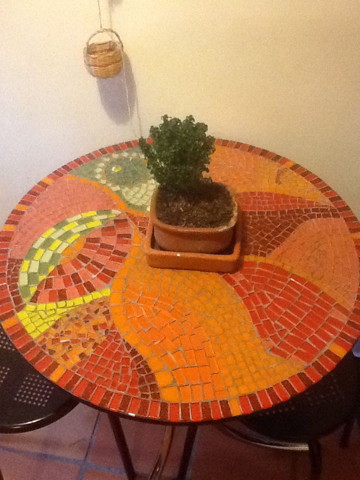 Mesa auxiliar. #mosaico